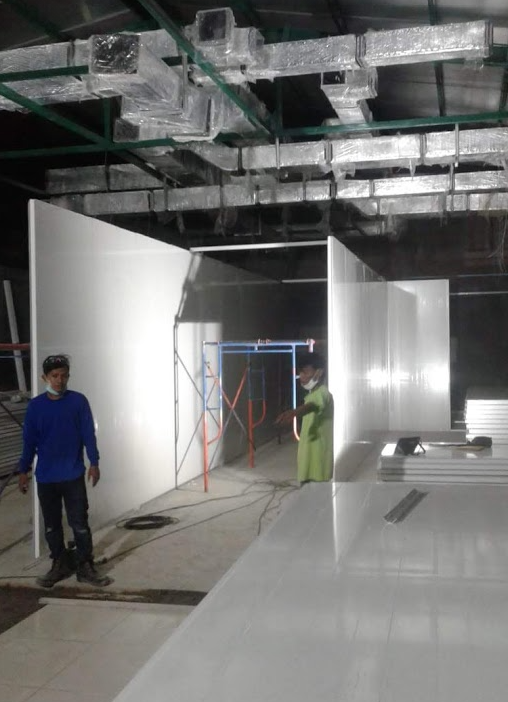 Plafon dan Dinding Ruang MOT yang telah terinstal Panel EPS